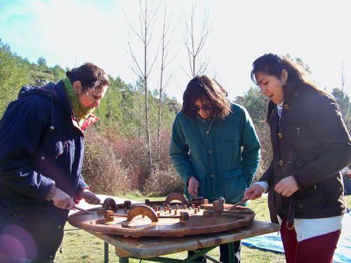 Le 8 Février dernier était organisé Plaine de Roques Hautes un PICNIC'MUSICAL suivit d'une initiation au KUBB pour le lancement de l'association KALOUMBA en Provence.