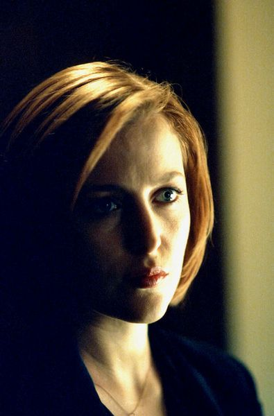 L'agent Scully, devenue femme fatale
