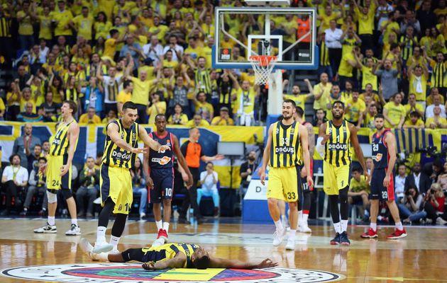 Euroleague Playoffs, game 1 : le Fenerbahçe s'impose face à Vitoria