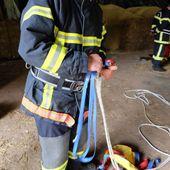 Manoeuvre des sapeurs pompiers du centre de Bains - LES VOIVRES 88240