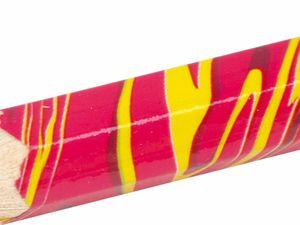 Crayon à mine multicolore