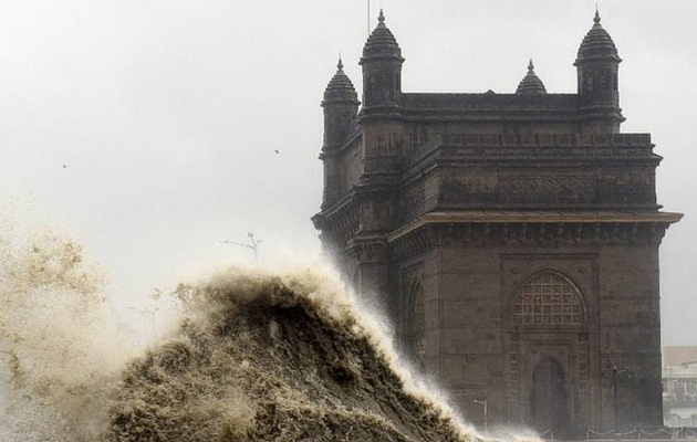 Cyclone Tauktae batters Covid-stricken India: 21 dead, 96 missing