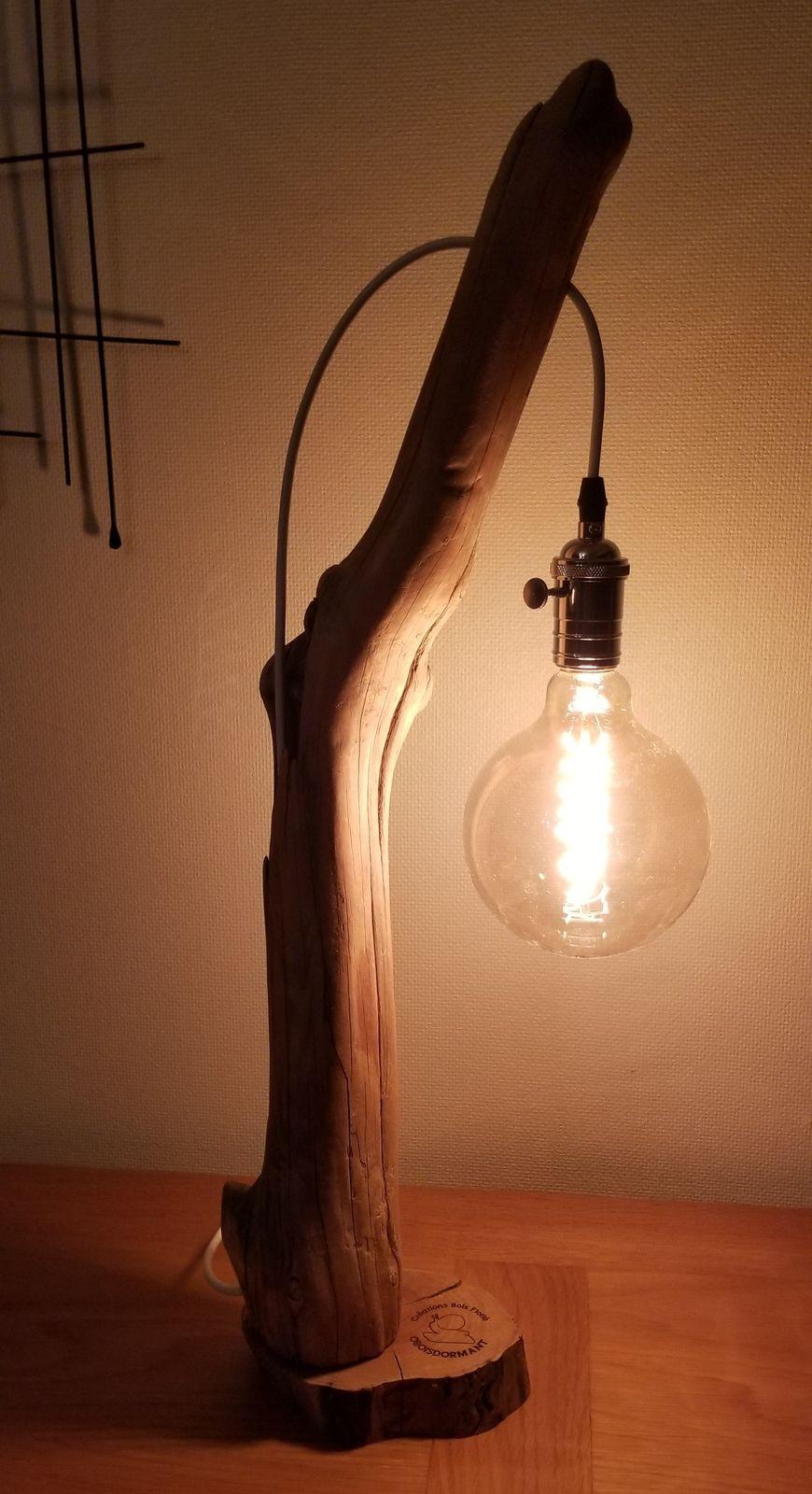 Grande lampe en bois flotté 66 cm