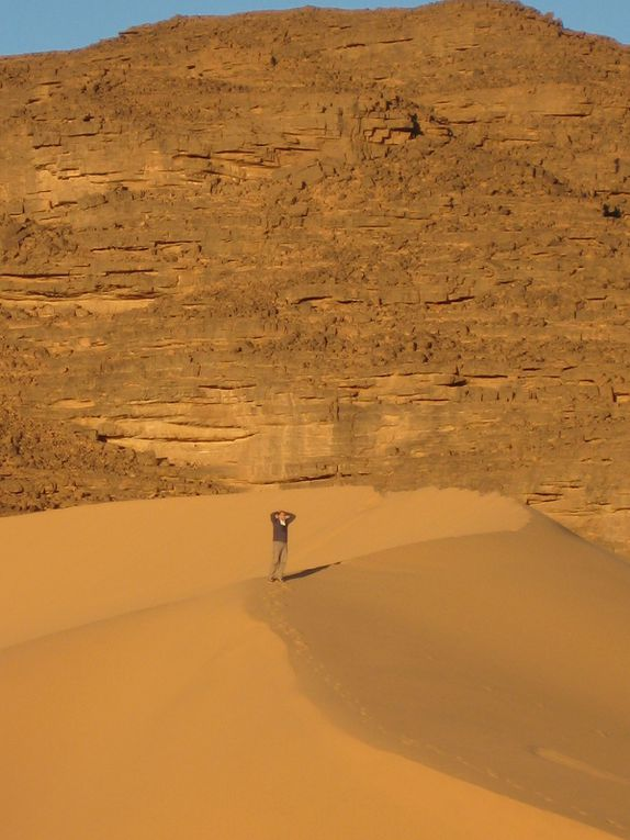 Noël 2007, nous découvrons la magie du Tassili N'Ajjar, le plus beau des déserts du Sahara sans conteste !
