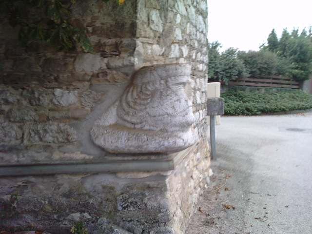 Eglises, chapelles, lavoirs, gare, moulin, four ou châteaux du Nord-Isère