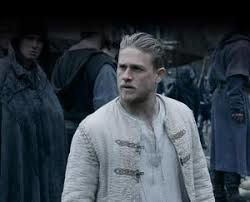 Le roi Arthur  ( KIng Arthur. Legend of the sword )