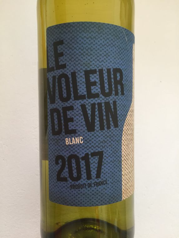 étiquette de bouteille de vin design sur chalotteblabla blog