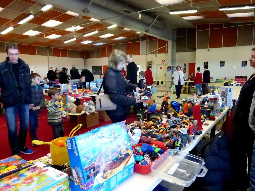 Bourse aux jouets et puériculture avec l'APE de Saint-Christophe
