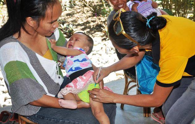 Nouvelle action pour IBAB : un centre de vaccination pour enfants chez Janeth !