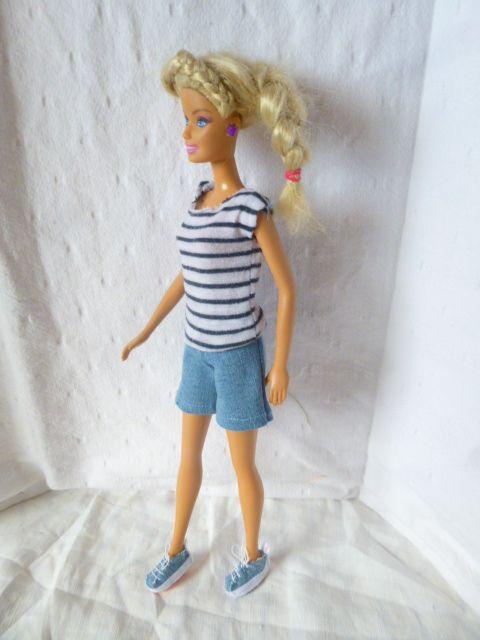 baskets pour Barbie fashion doll