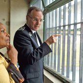 Comment Christiane Taubira veut adoucir la justice des mineurs