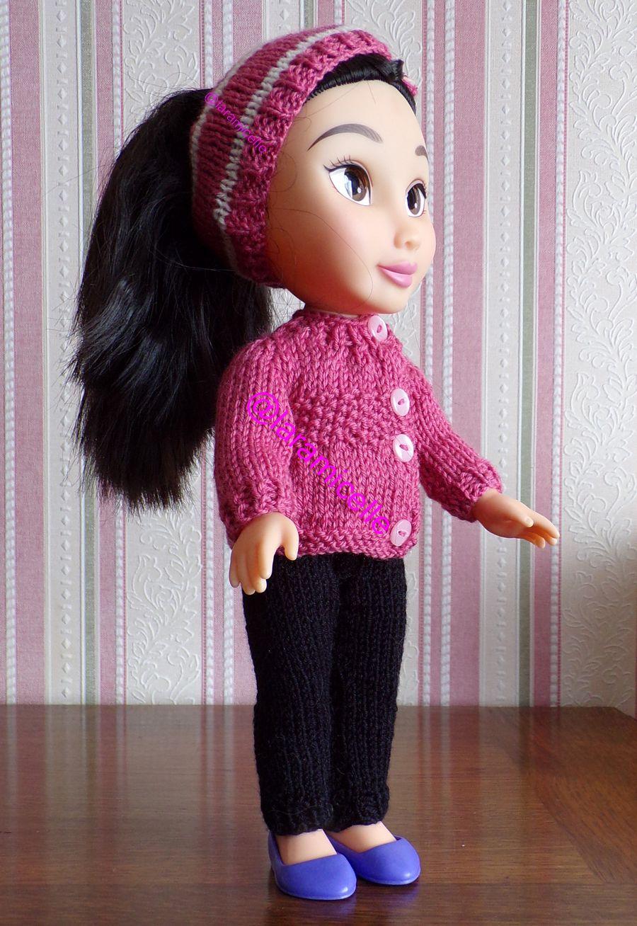 tuto gratuit  poupée  : bonnet ouvert pour queue de cheval et boutonné