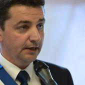 """Congrès des maires: Le repas qualifié de """"dîner de cons"""" par le maire de Saint-Etienne"""
