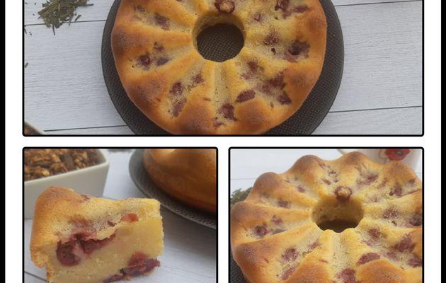 Gâteau au lait concentré sucré aux fruits