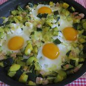 Courgettes au bacon et œufs - light - auxdelicesdemanue
