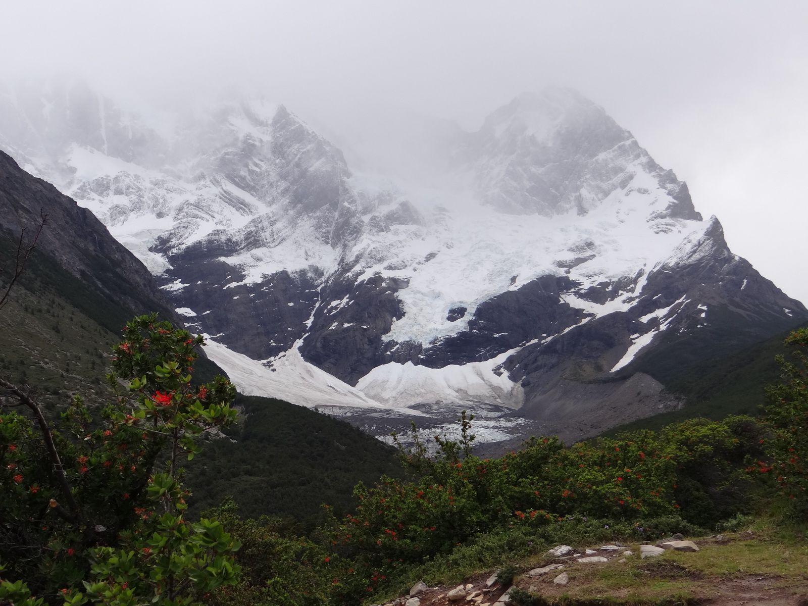Voyage au Chili en 2013.  2ème partie. Ile Chiloé. Parc Torres Del Paine. Ile de Paques. Santiago