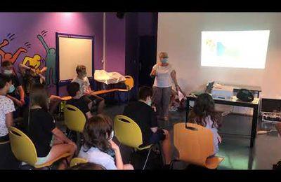 Eloubaline ' Réfléchissons la lumière ' présente son projet au collège EREA/LEA d'Albertville