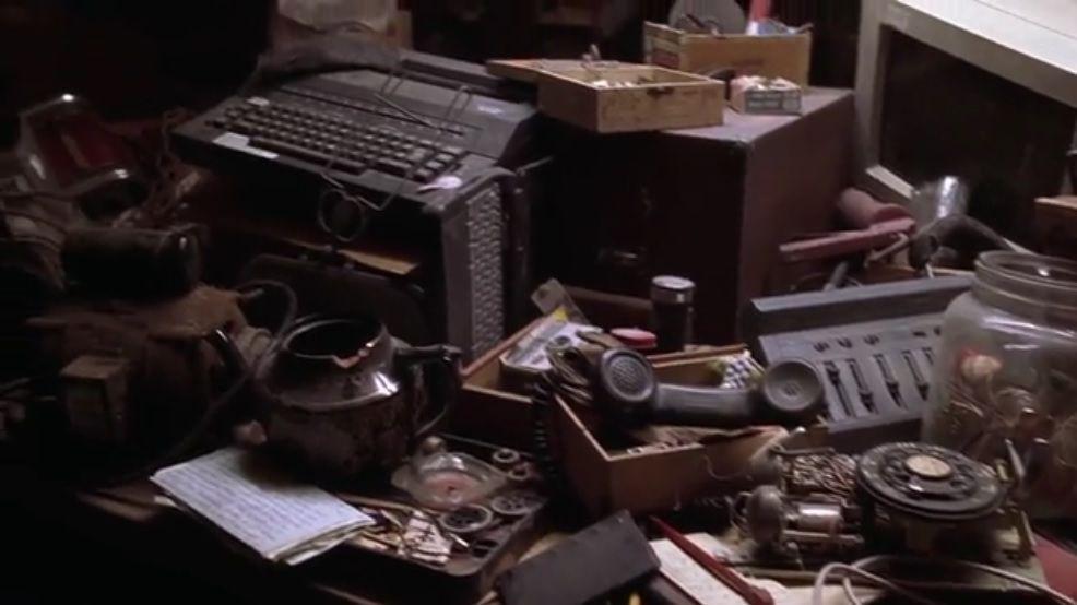 L'Homme bicentenaire : Andrew est un appareil électro-ménager. Partie 2. (7000 mots)