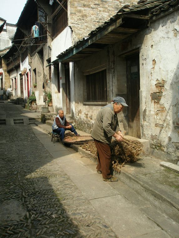 Très belle région avec de petites villes touristiques et accueillantes et des villages très intéressants
