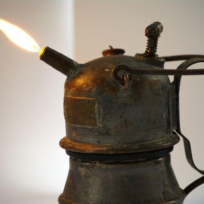 Qu'est ce qu'une lampe HPS  et à quoi sert-elle ?