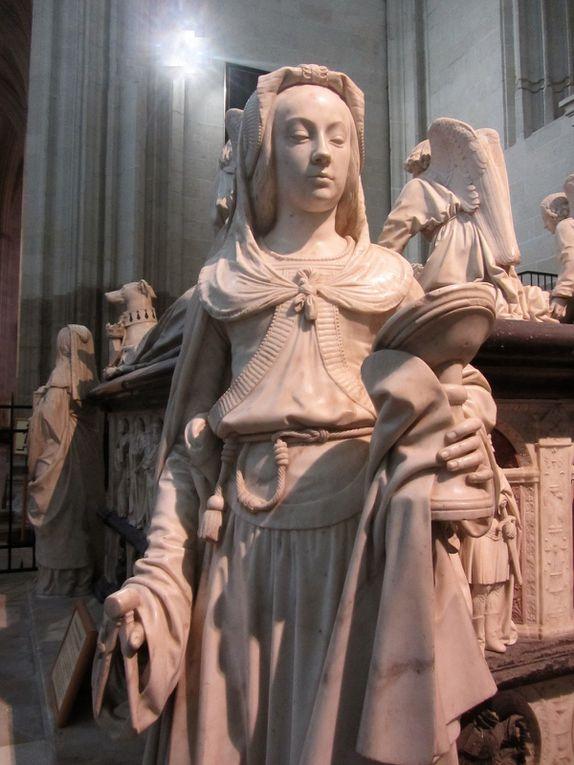 Le tombeau de François II, il était le père d'Anne de Bretagne.