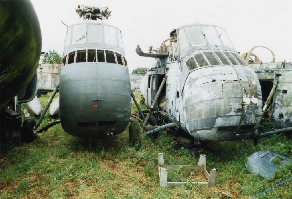 Le Sikorsky HSS-1 SA-135 (il est à droite sur la première photo).