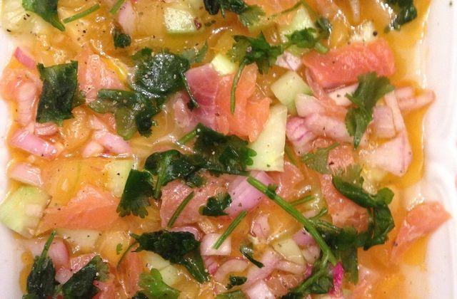 Recette : Salade de truite à la coriandre, concombre et tomate