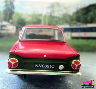 ford-cortina-mk1-gt-1966-monte-carlo-platinium-detailcars