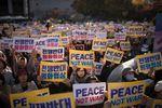 Un Donald Trump séducteur en visite en Corée du Sud