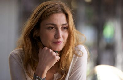 Julie Gayet et Tomer Sisley tournent dans « Une mère parfaite » pour TF1 et ZDF