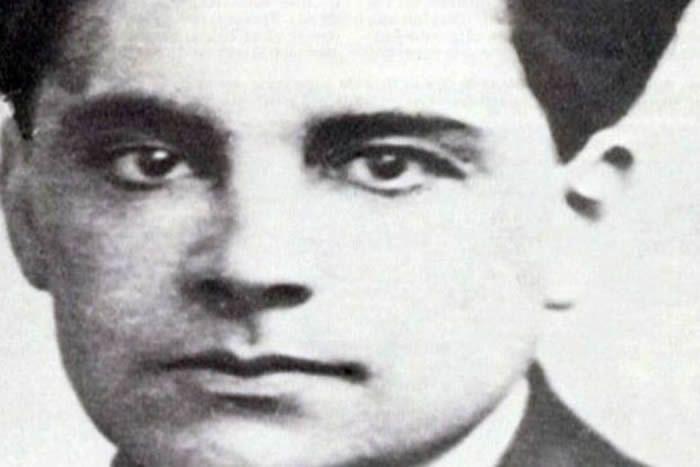 Marcel André Henri Félix Petiot, dit le docteur Petiot, est né le 17 janvier 1897 à Auxerre, dans l'Yonne.