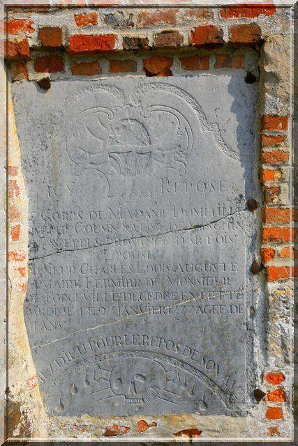 Diaporama église fortifiée de Lerzy
