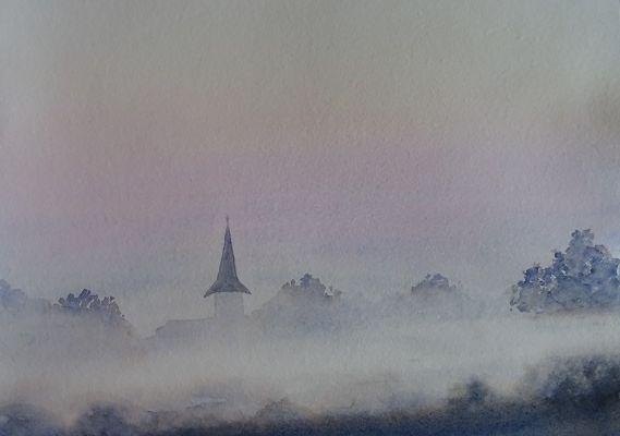 lever du jour dans la brume