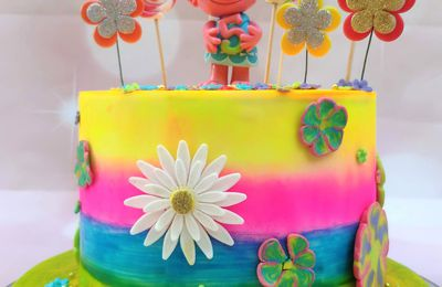 GATEAU TROLLS - POPPY