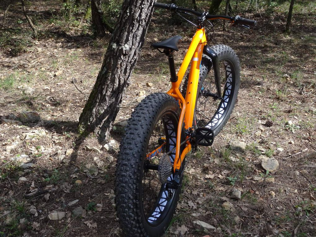 "Test fat bike ""Fat boy Specialized""."
