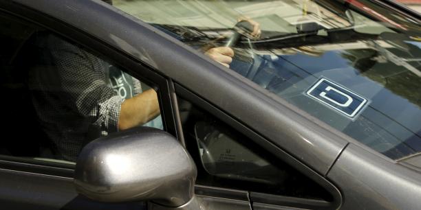 VTC contre Uber : les chauffeurs suspendent leur mouvement pour Noël