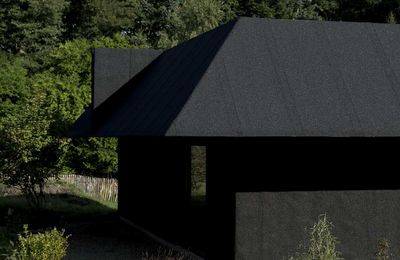 A SECOND SKIN FOR ARCHITECTURE ! DISCOVER A HOUSE FOR TWO ARTISTS, DESIGNED BY FÖRSTBERG LING