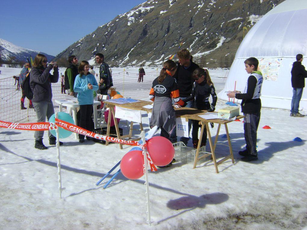 La Haute-Maurienne a accueilli du 29 mars au 1er avril les Championnats de France de ski de fond et biathlon.  Les meilleurs athlètes français étaient présents et ont offert au public un superbe spectacle.  Retour en images sur cet événement...