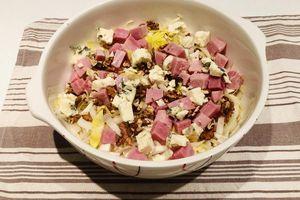 Salade endives, jambon, roquefort et noix