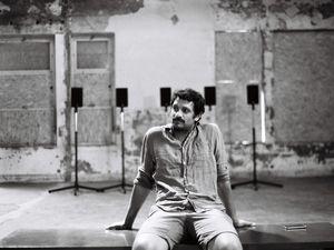 ojard alias maxime daoud, un musicien français qui fut bassiste pour plusieurs groupes, le petit frère d'adrien soleiman