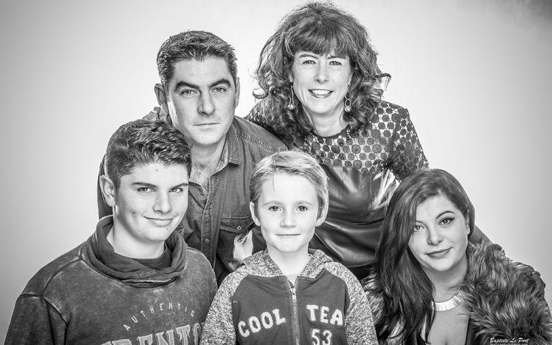22 décembre - Portrait en studio des enfants et petits enfants d'une super famille