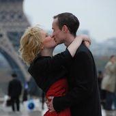 Les amoureux du Trocadéro - Images du Beau du Monde