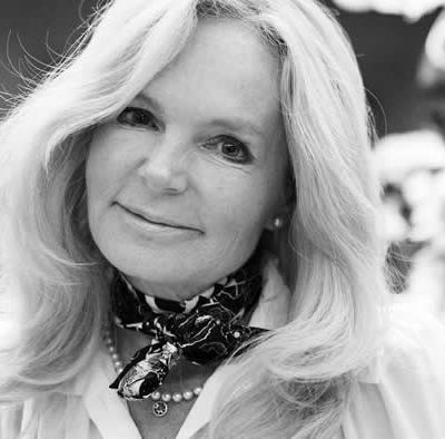 Irische Bestseller-Autorin Lucinda Riley verstorben