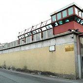 Fuga da film nel carcere di Varese: in tre segano le sbarre ed evadono - Milano - Repubblica.it