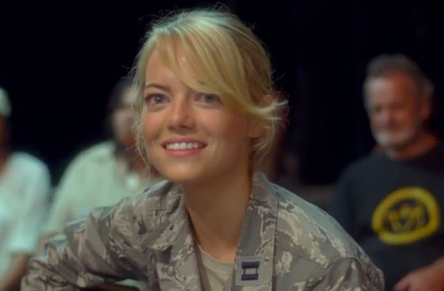 Bande-annonce VOST de Welcome Back, avec Emma Stone et Bradley Cooper.