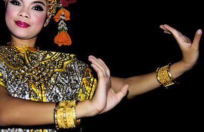 danses traditionnelles en Thaïlande