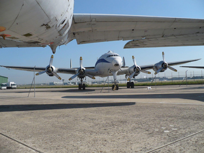 Les réserves du musée de l'Air et de l'Espace du Bourget
