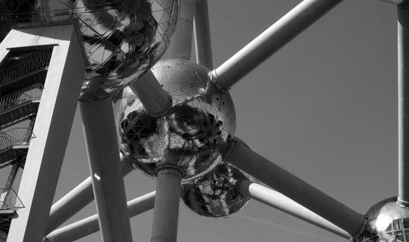 Atomium #