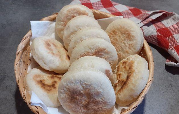 Petits pains cuits à la poêle