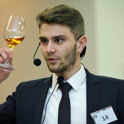 Sommellerie : la finale de Léo Deyber au Trophée des vins du Jura